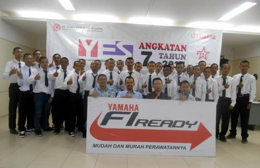 foto bersama dengan siswa